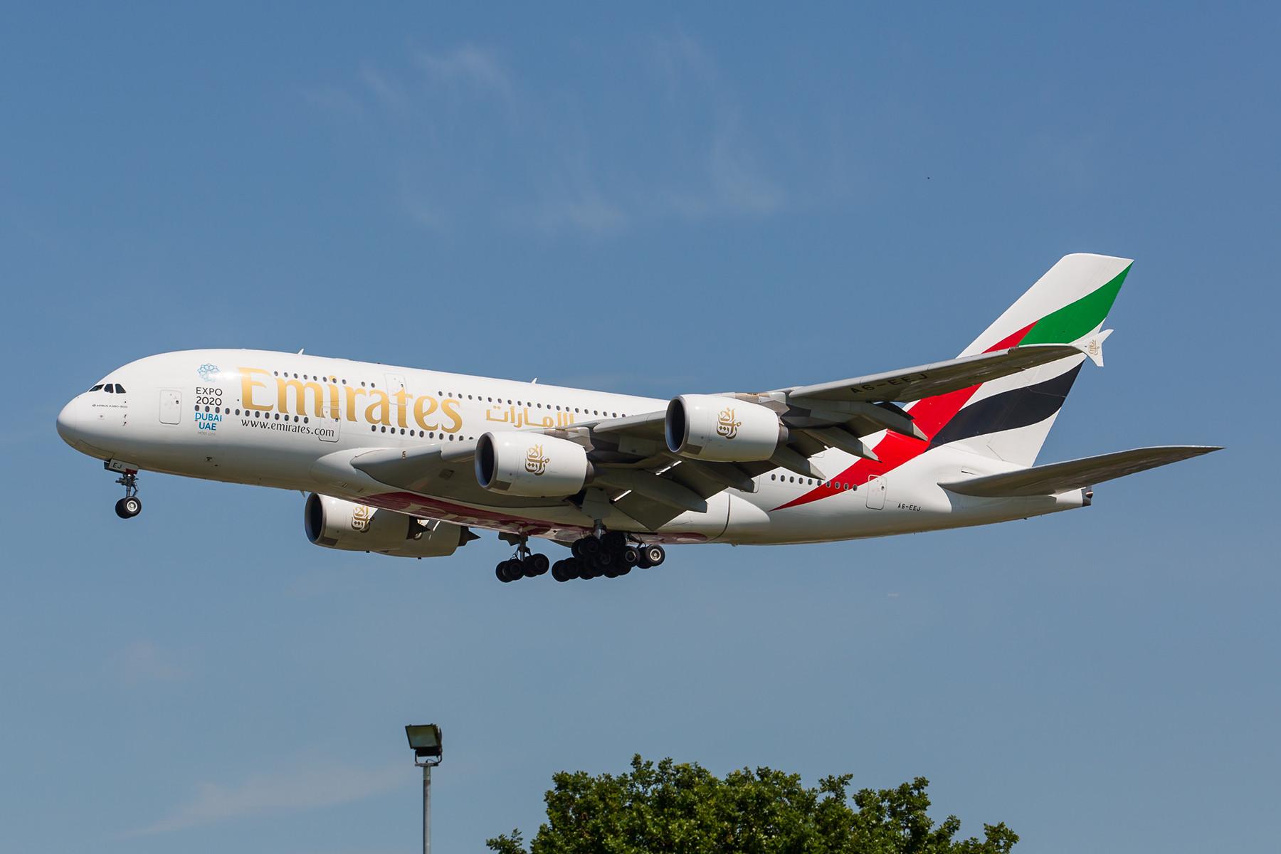 Insgesamt sechs tägliche Verbindungen fliegt Emirates mit der A 380 nach LHR.