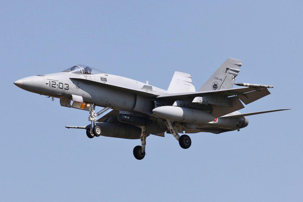 Eine F/A-18A der in Torrejon beheimateten Ala 12.