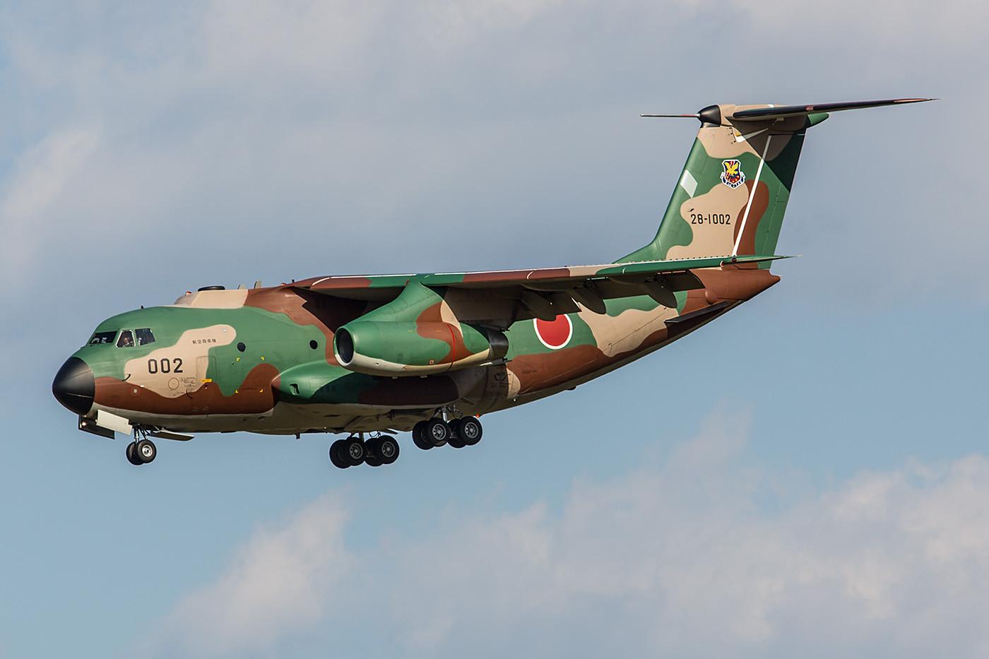 Die erste Serienmaschine der C-1 war die 28-1002. Sie kam von der 402 Hikotai aus Iruma.