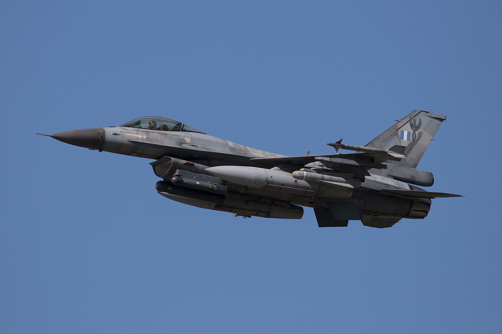 061, General Dynamics F-16C Block 50 der 347 Mira aus Nea Anghialos.
