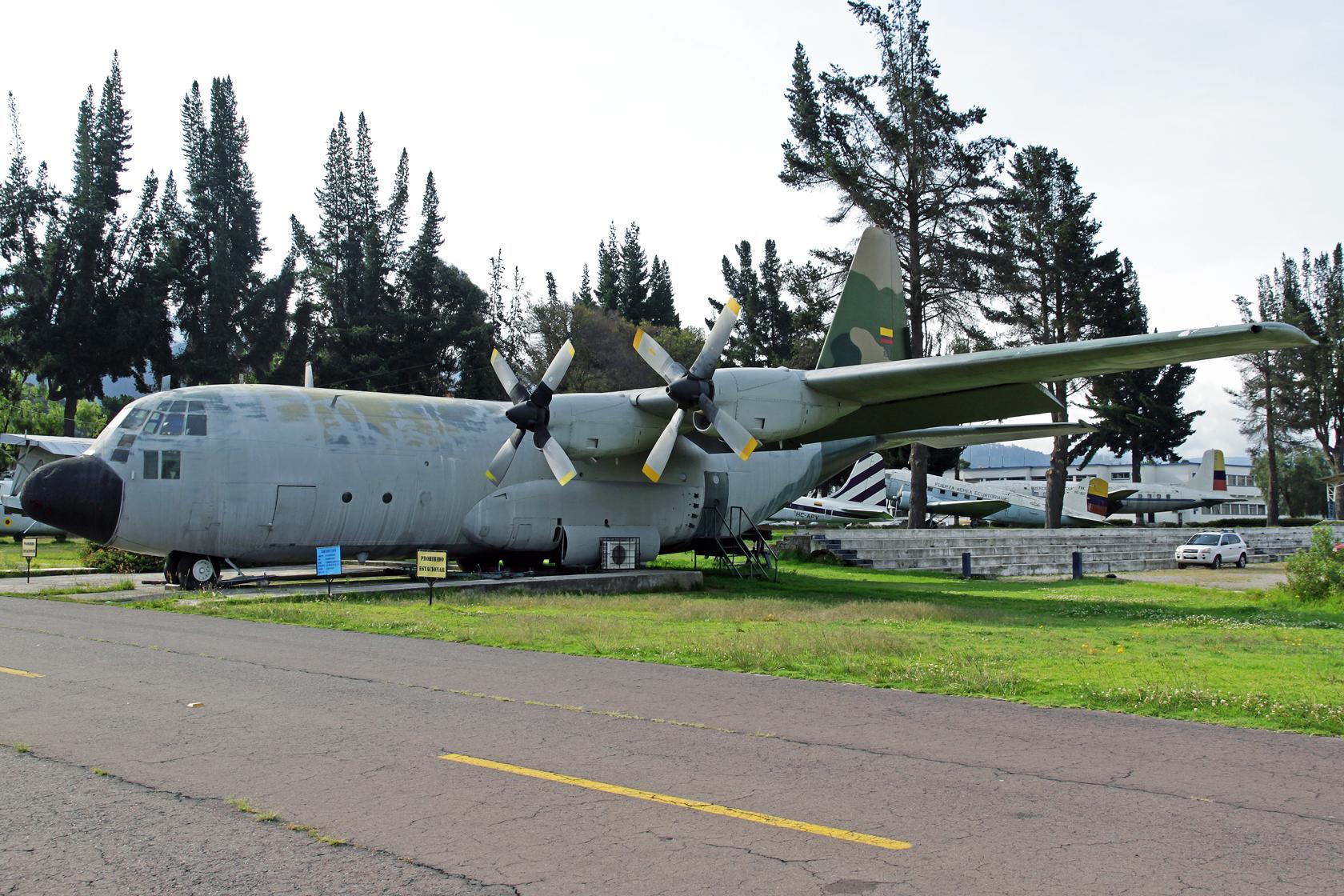 Fuerza Aérea Ecuatoriana Lockheed C-130B Hercules FAE-897