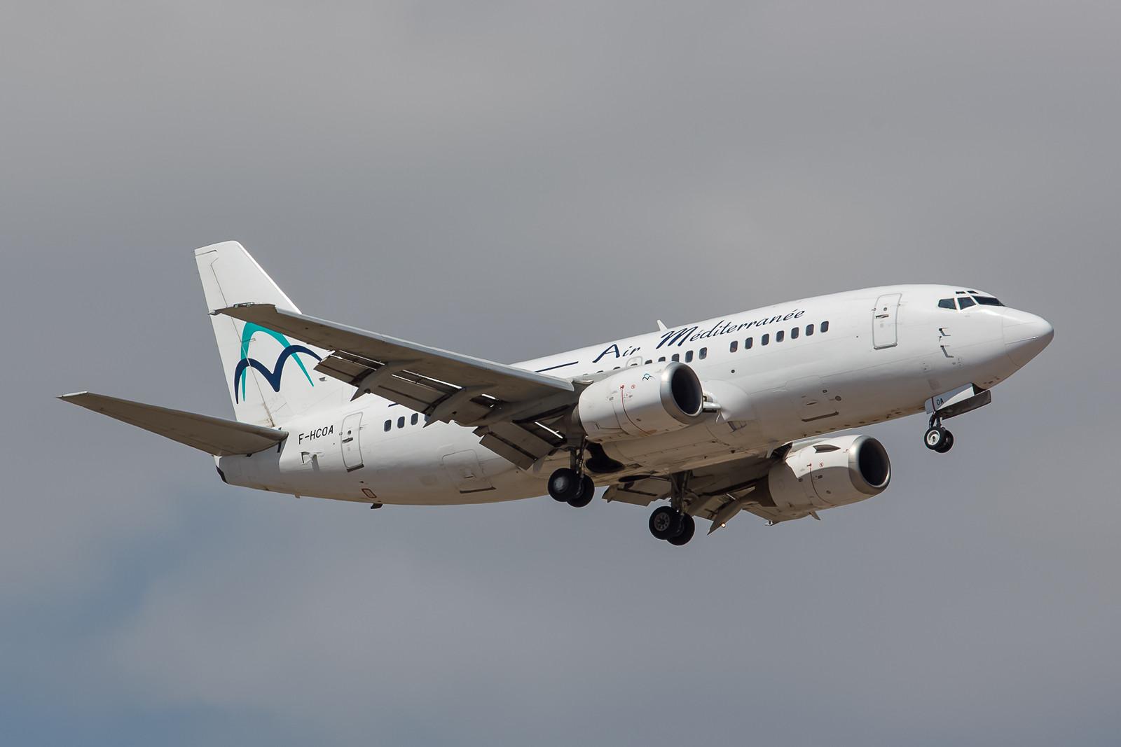 Air Mediterranee hat vor einigen Jahren seine reine Airbusflotte um zwei gebrauchte Boeing 737-500 erweitert.