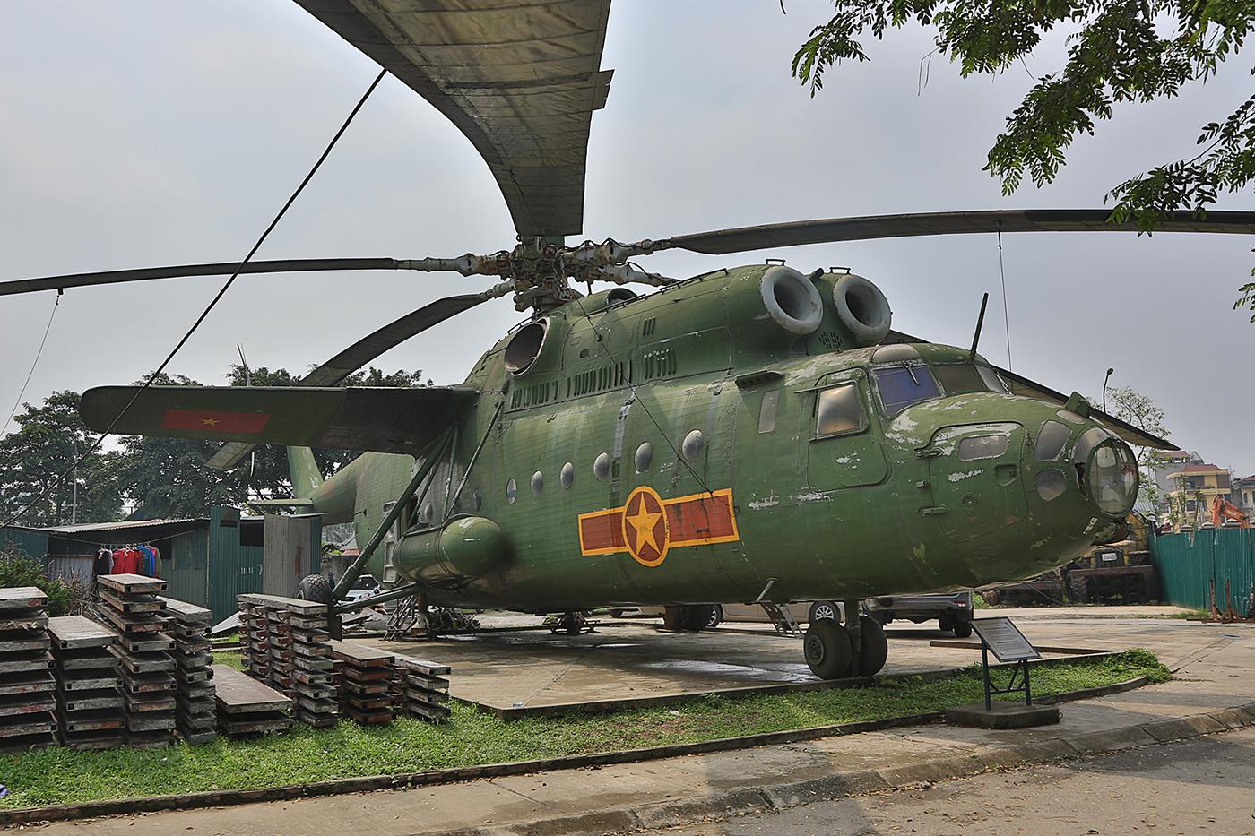 Die Luftstreitkräfte der Volksrepublik flogen sogar mal den riesigen Mil Mi-6.