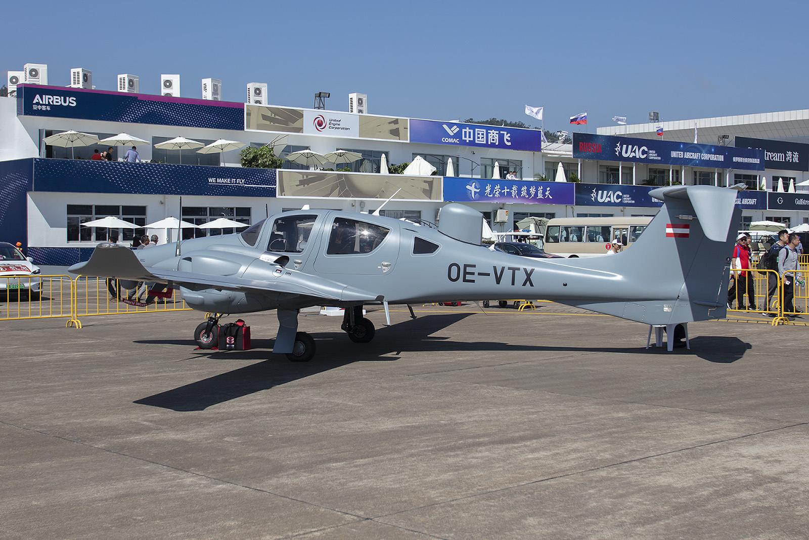 Die OE-VTX ist eine Diamond DA-62 MPP für den Einsatzt beim Militär.