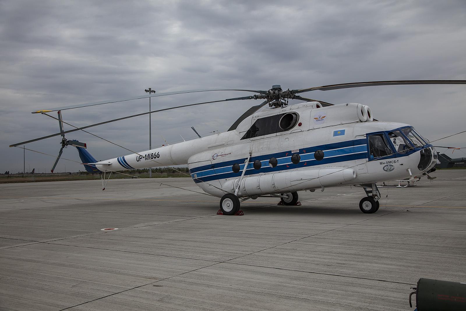 Diese Mil Mi-8MSB-T fliegt für Kaz Med Air
