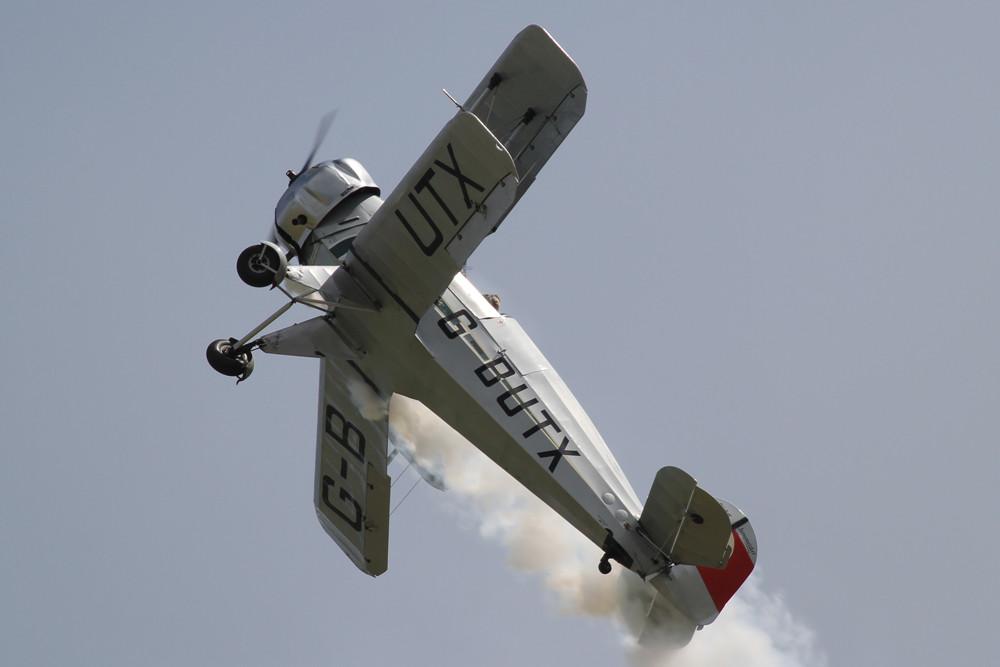 Auch die Bü-133C Jungmeister zeigte was in den 1930´ern an Kunsflug möglich war.