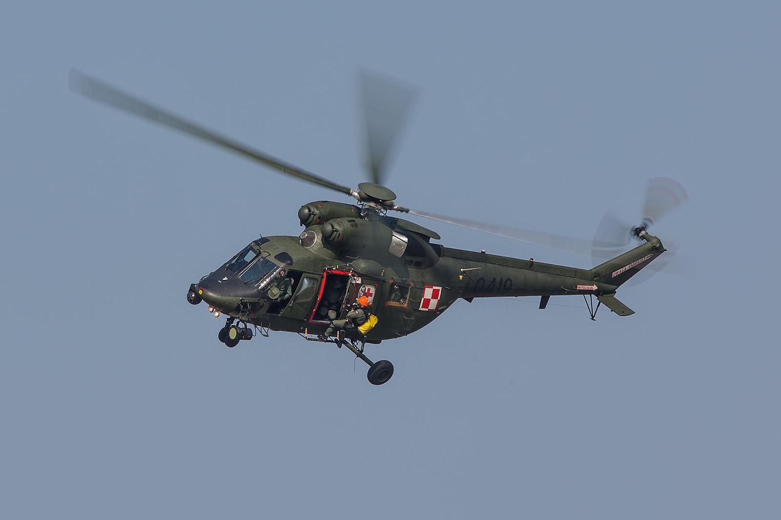 Ein PZL W-3 Sokol der Polniscgen Armee bei der SAR-Vorführung
