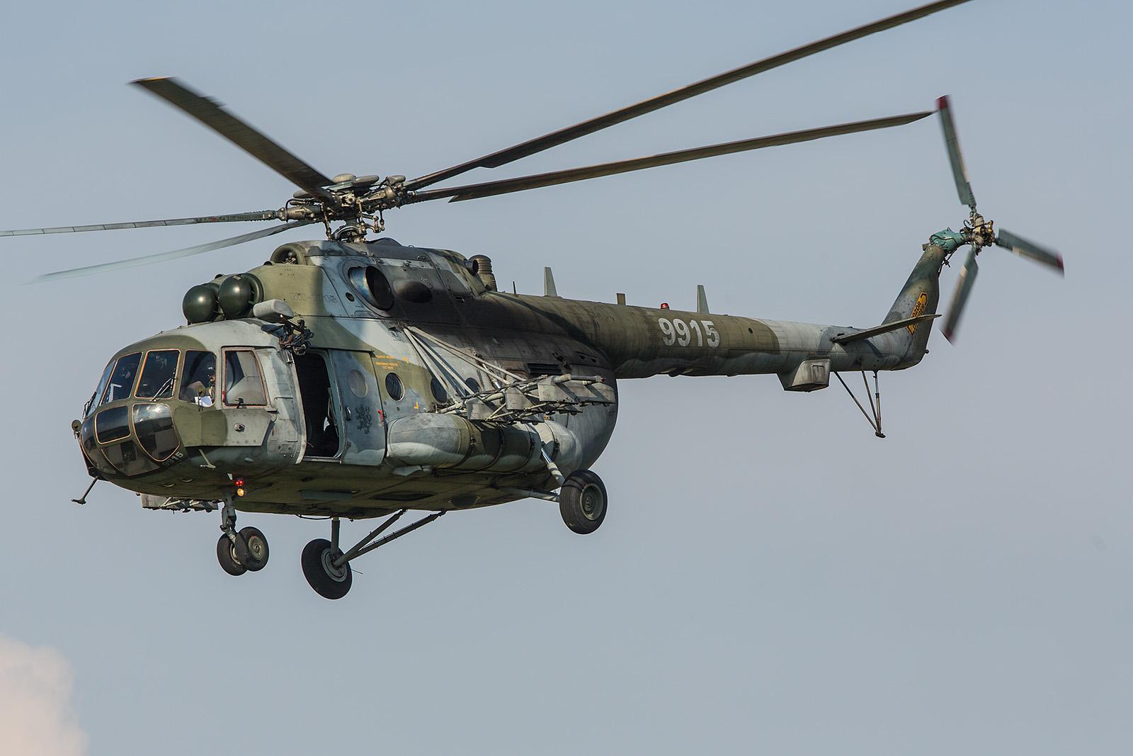 Die 9915, eine Mil Mi-171Sh aus Namest nad Oslavou.