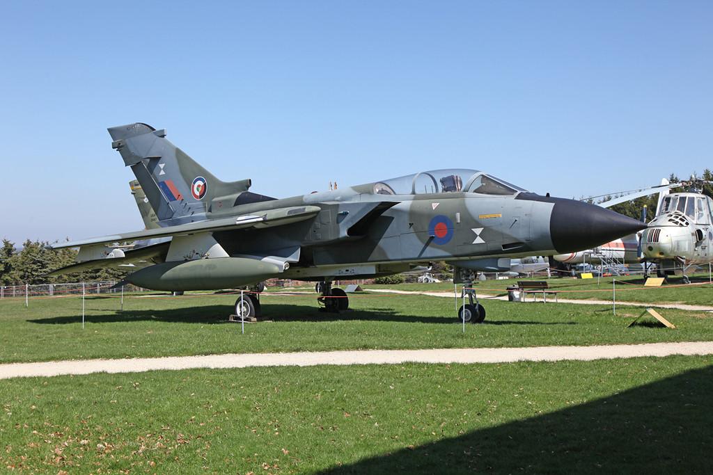 Und nochmals von der anderen Seite. Es handelt sich um einen britischen Prototyp der Serie GR.