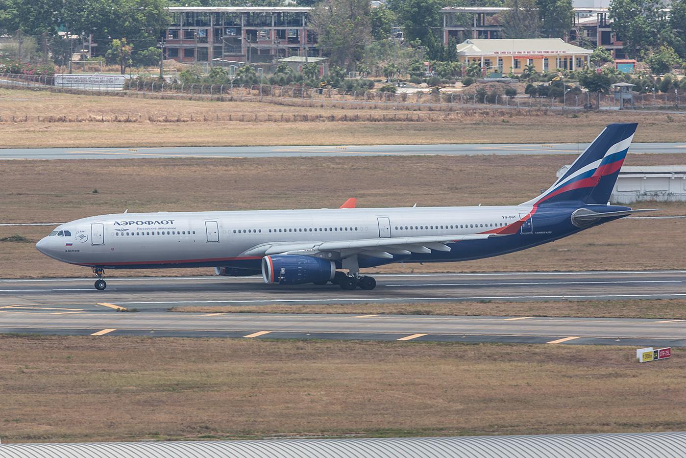 Einer der wenigen europäischen Flieger in SGN ist die Aeroflot.