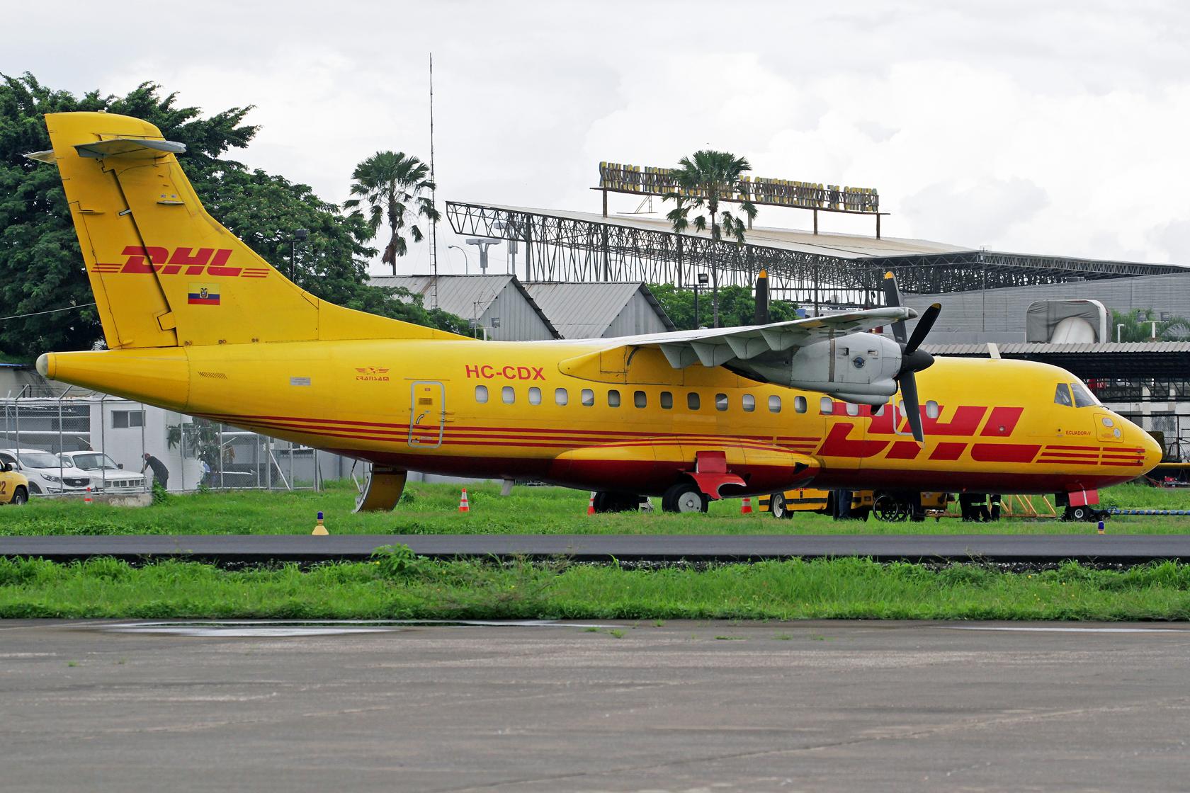 Trans Am Aero Express del Ecuador (DHL Ecuador) ATR 42-320(F) HC-CDX