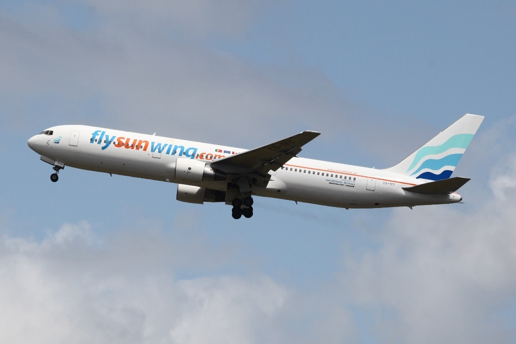 Diese Boeing 767-300 der Euro Atlantic Airways war an Sunwing verchartert.