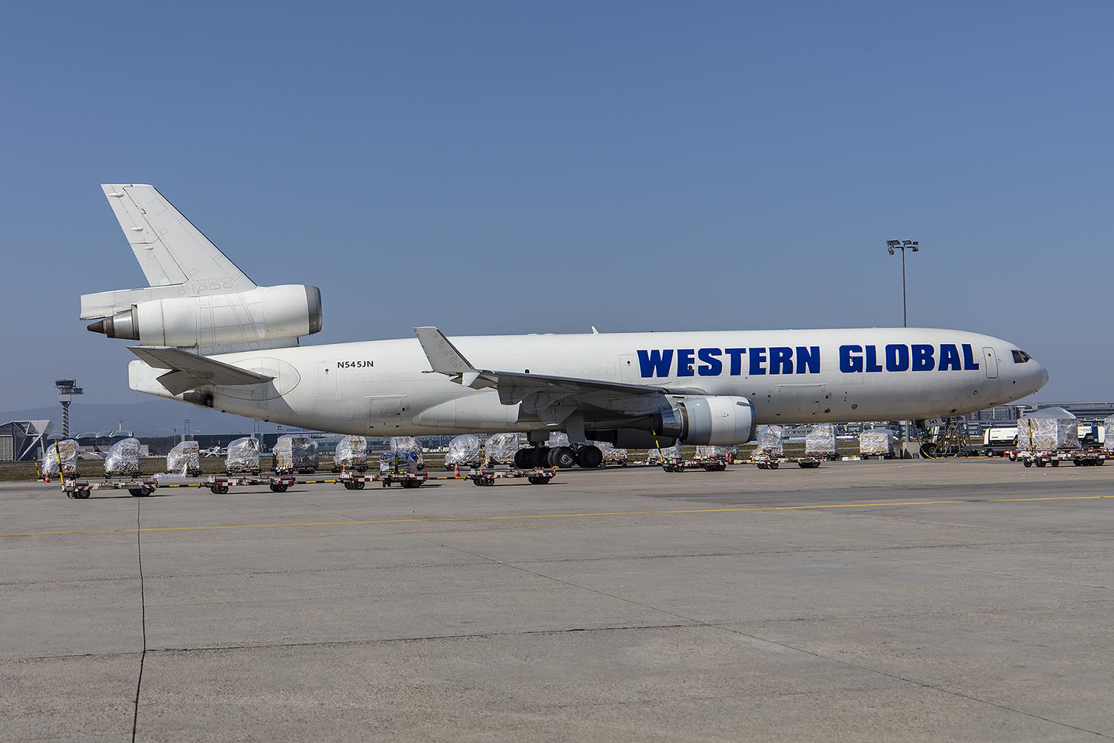 Western Global kam fast täglich mit seinen MD-11.