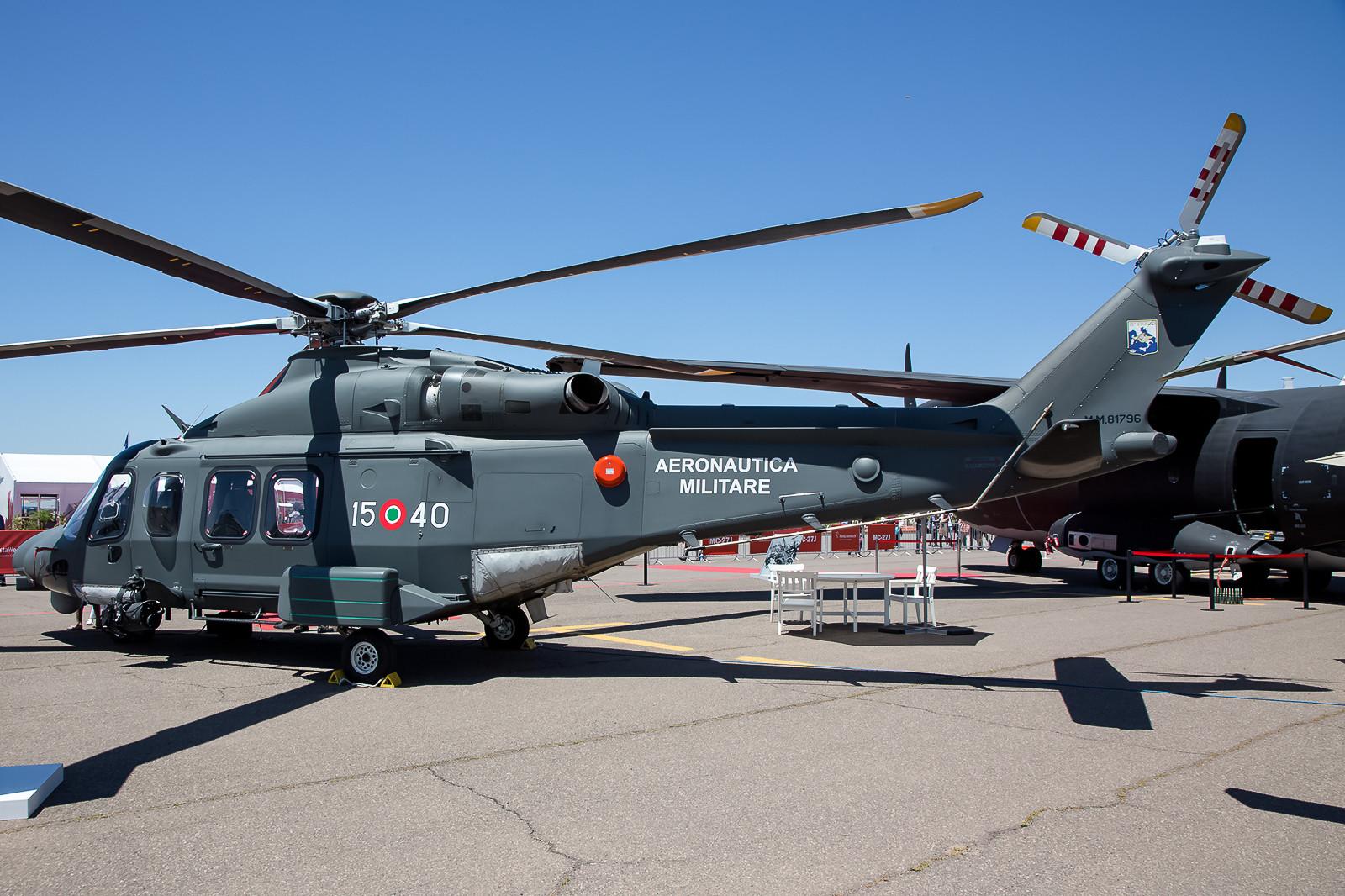 Von der Aeronautica Militare kam u.a. diese Agusta Westland AW-139 der 15 Stormo aus Cervia / San Giorio.