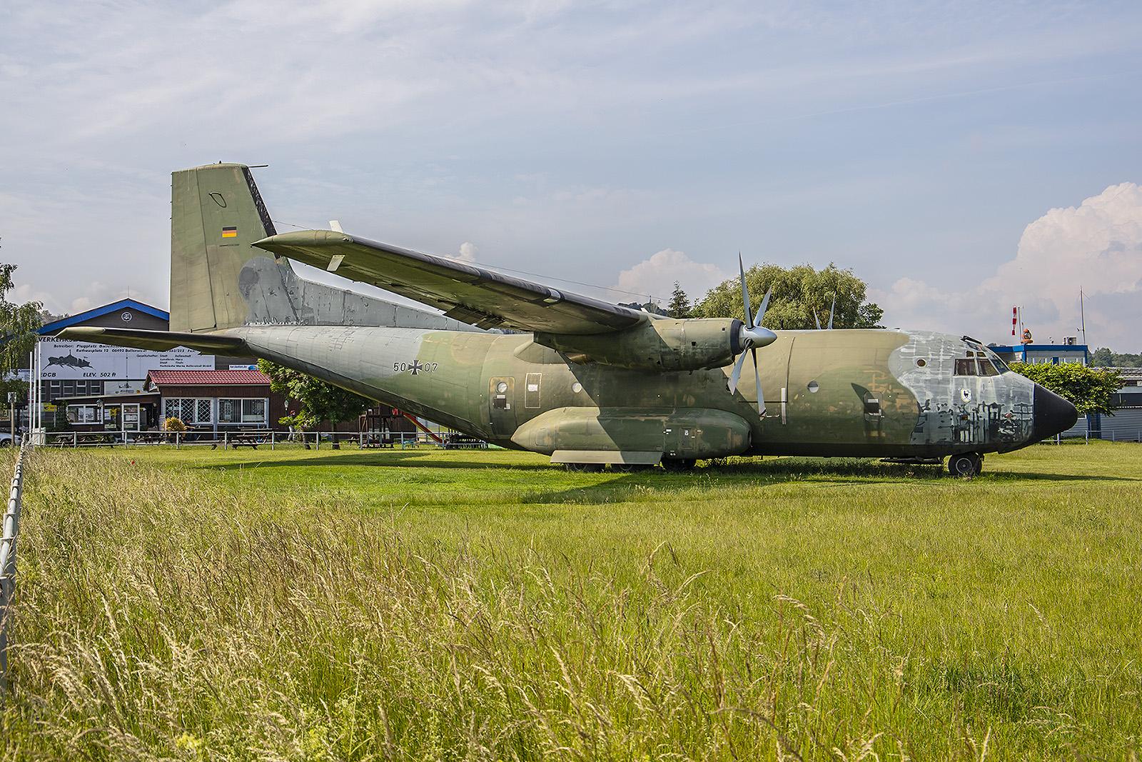 Ballenstedt - Diese C-160 Transall lädt zum verweilen ein.