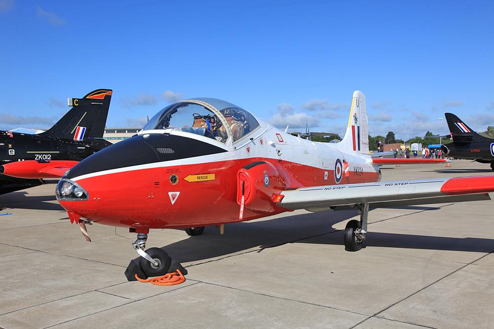 Eine der noch wenigen flugfähigen Jetprovost ist die XW324, eine Maschine der Serie T.5.