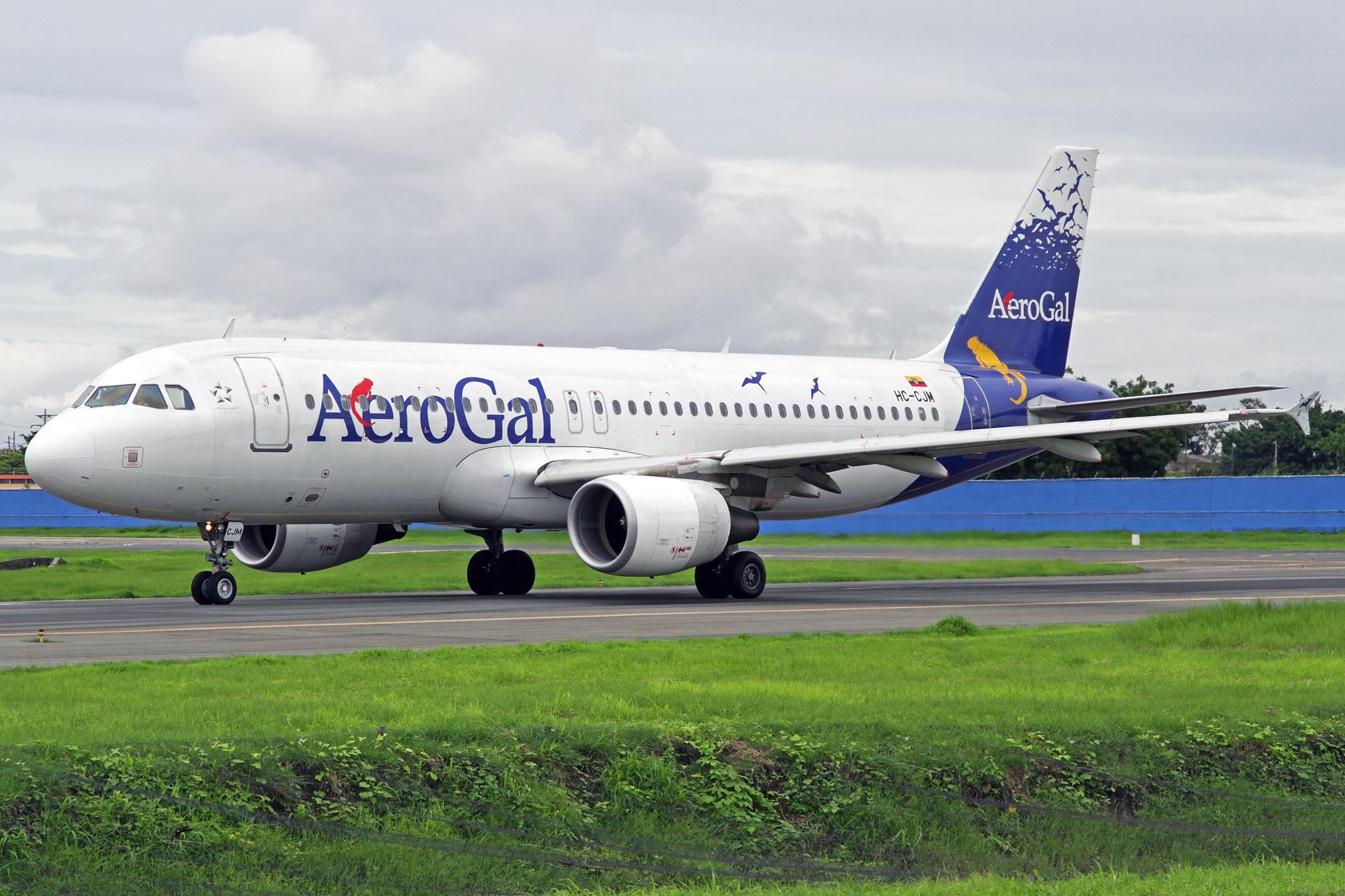 AeroGal Airbus A320-214 HC-CJM