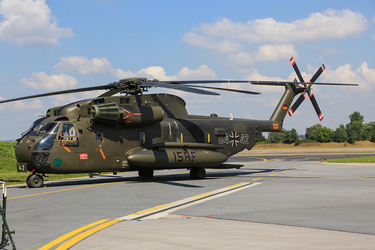 Eine CH-53 aus dem schwäbischen Laupheim. Sie wechselt demnächst zur Luftwaffe.