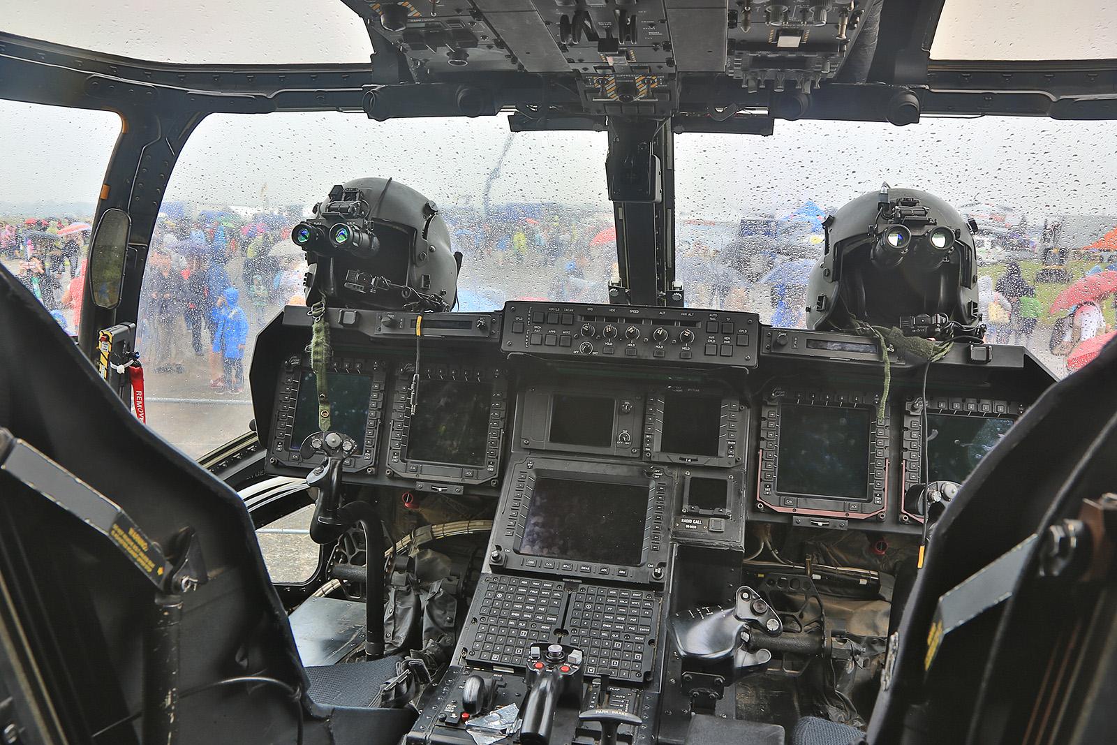 Zum Abschluss das Innere einer CV-22 Osprey der US Air Force aus RAF Mildenhall.