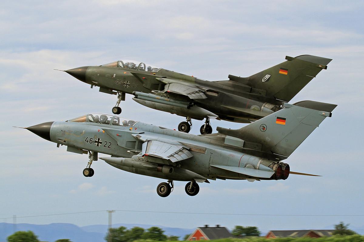 Zwei IDS Tornados vom AG 51