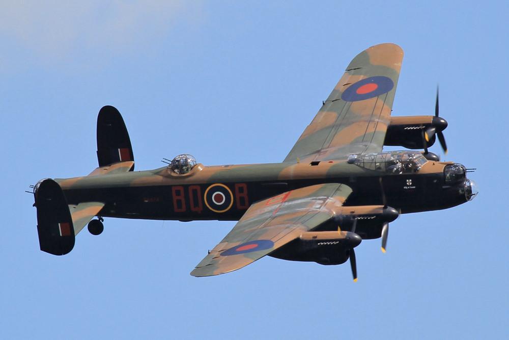 Auch die Avro Lancaster der BBMF gab ihr Bestes für die Spotter.