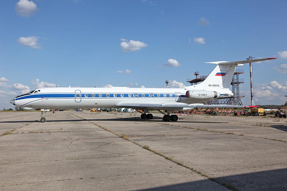 Ebenfalls für die Luftwaffe ist diese TU-134A unterwegs.