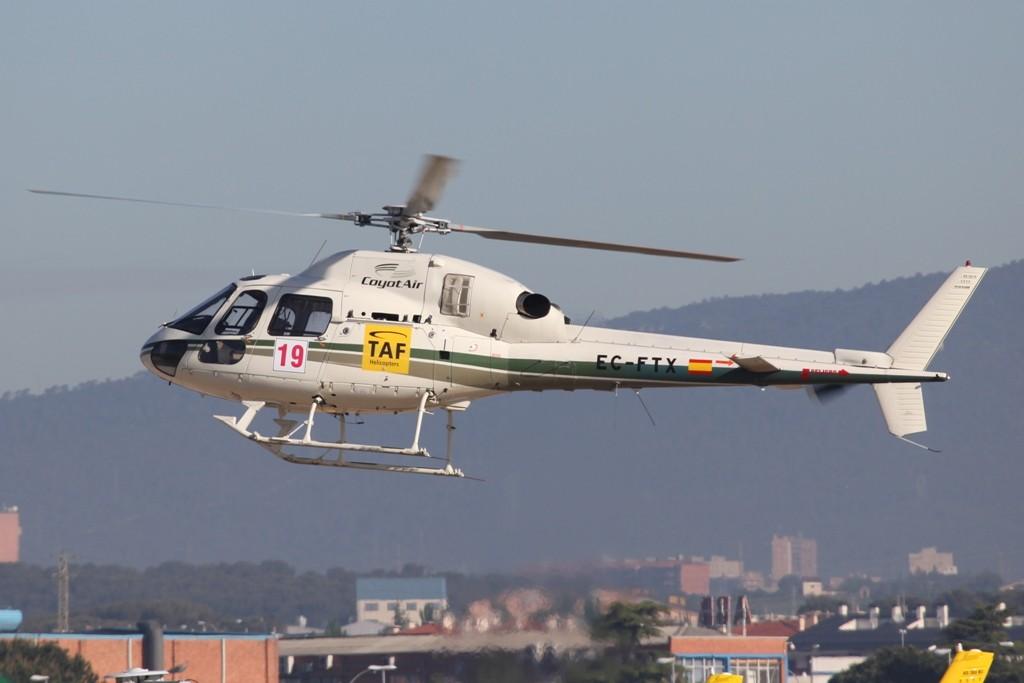 Ein AS 350 der Coyote Air in Sabadell.