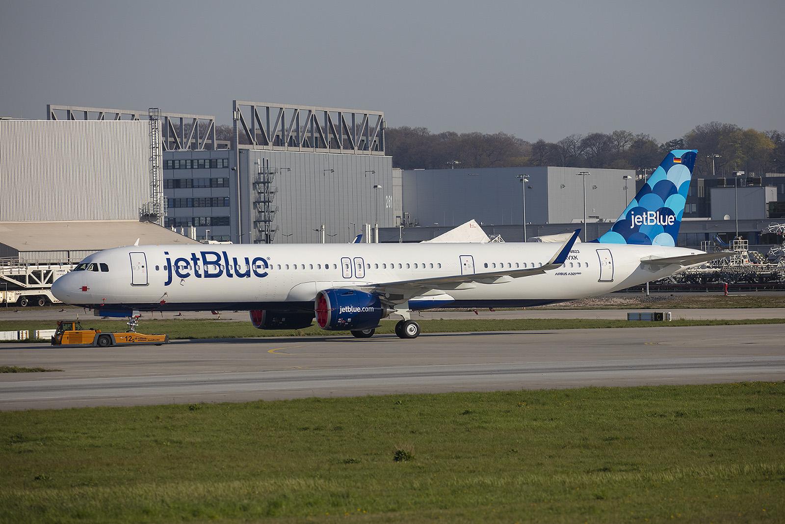 A 321NX für die Jetblue Air aus New York, an der auch die Lufthansa beteiligt ist.