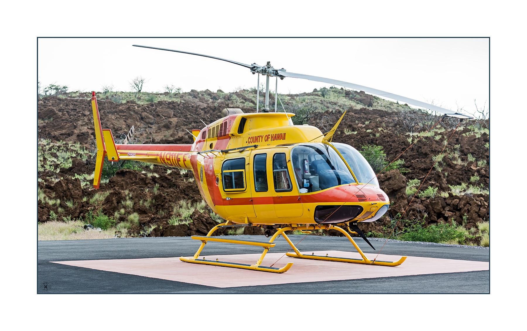 Der Hubschrauber Bell 206-L-3 Long Ranger III N911FF gehört zum Hawaii County Fire Department. Er ist stationiert an der Station 14 am Queen Ka´ahumanu Highway nahe der Westküste von Hawaii.