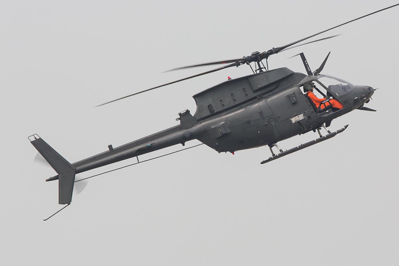 """OH-58D """"Kiowa Warrior"""", auch wenn der ursprüngliche Entwurf schon über 40 Jahre alt ist, sind die Maschinen dank verschiedener Upgrades noch auf der Höhe der Zeit."""