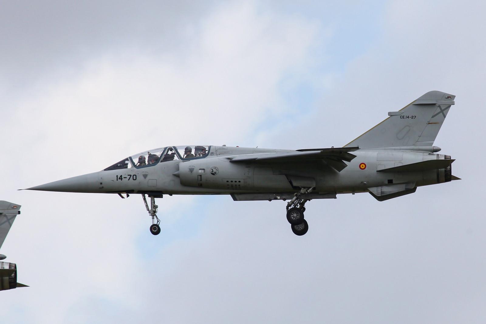 Mein einziger Doppelsitzer, die CE.14-27, eine Mirage F-1BE. Von den ehemals sechs gekauften, gingen vier durch Abstürze verloren.