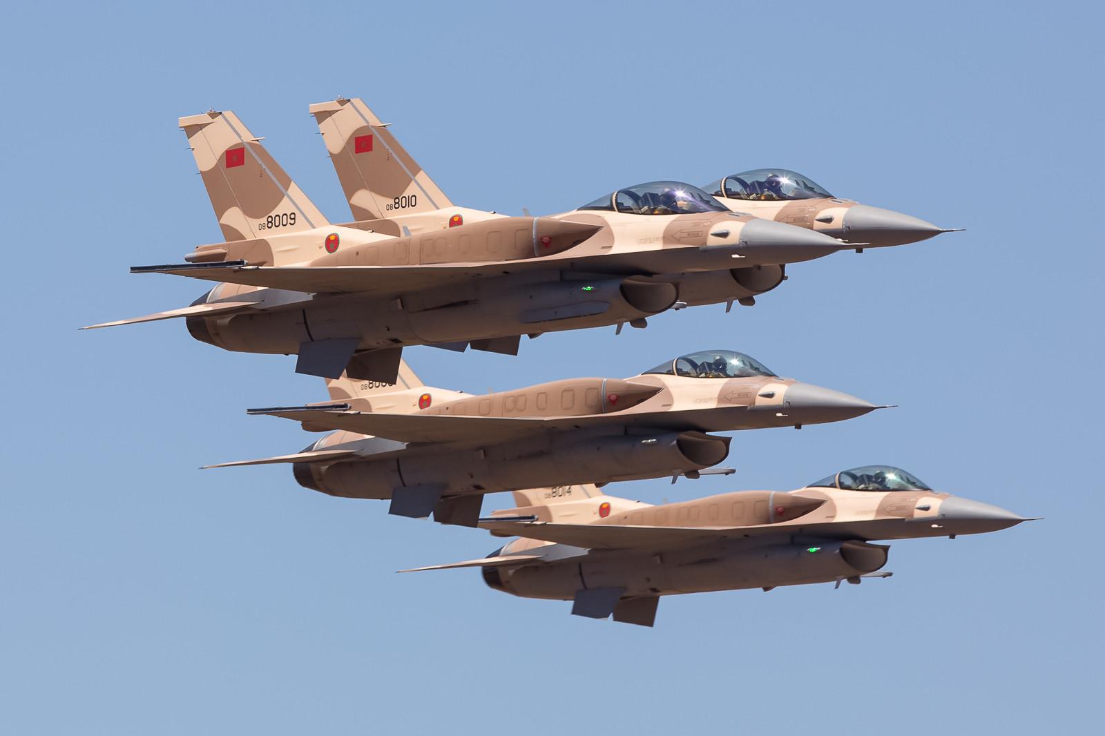 Neu sind die F-16 in Marokko, hier 4 Maschinen aus Ben Guerir.