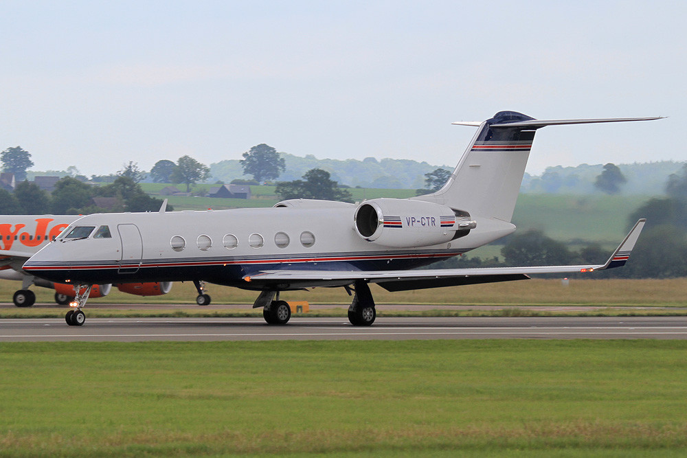 Private Gulfstream IV, VP-CTR