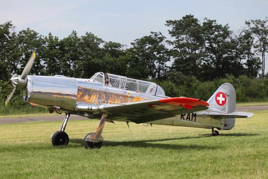 Diese Pilatus P-2 aus der Schweiz ist Baujahr 1950.