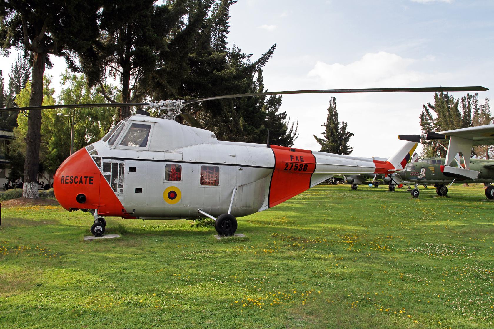Fuerza Aérea Ecuatoriana Sikorsky H-19B Chickasaw FAE-27536