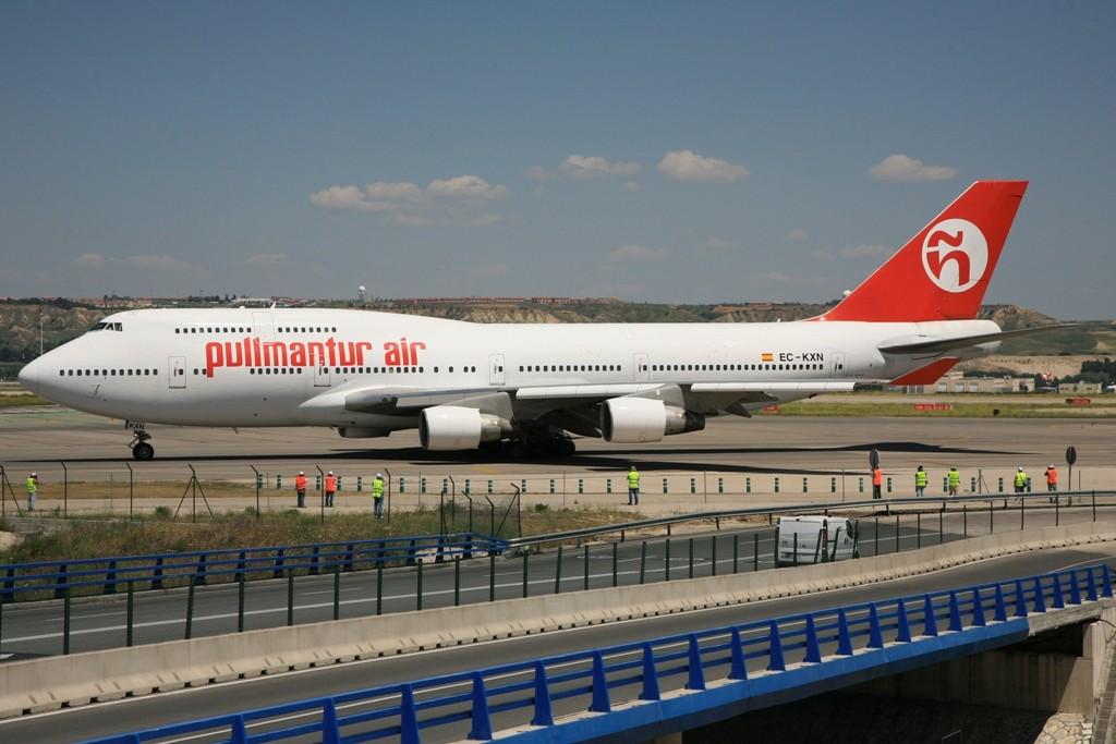 Auch Pullmann Tour hat sich modernisiert und fliegt mit Boeing 747-400.