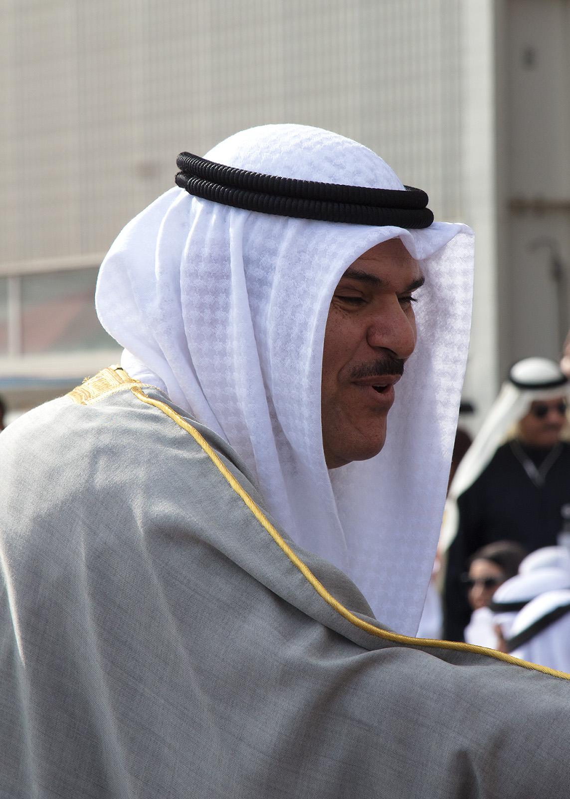 Der Kronprinz Scheich Nawaf al-Ahmad al-Dschabir as-Sabah bei der Eröffnung der Show.