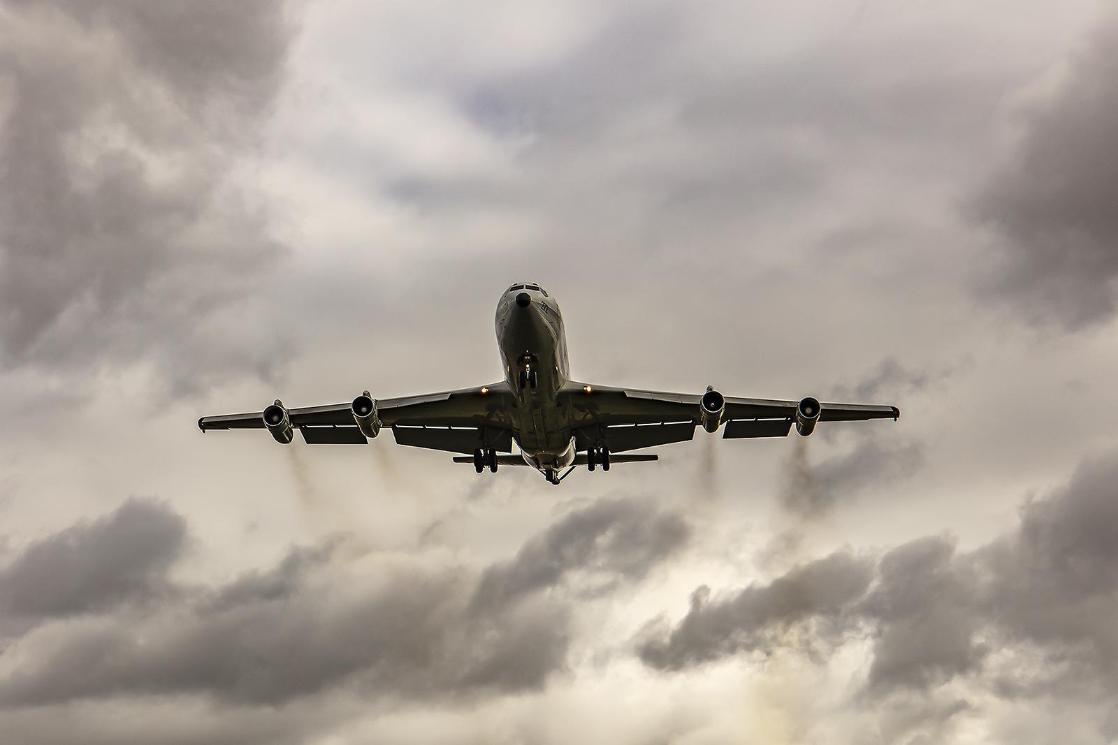 Eine grüne Feinstaubplakette bekommen die Boeing 707 eher nicht.