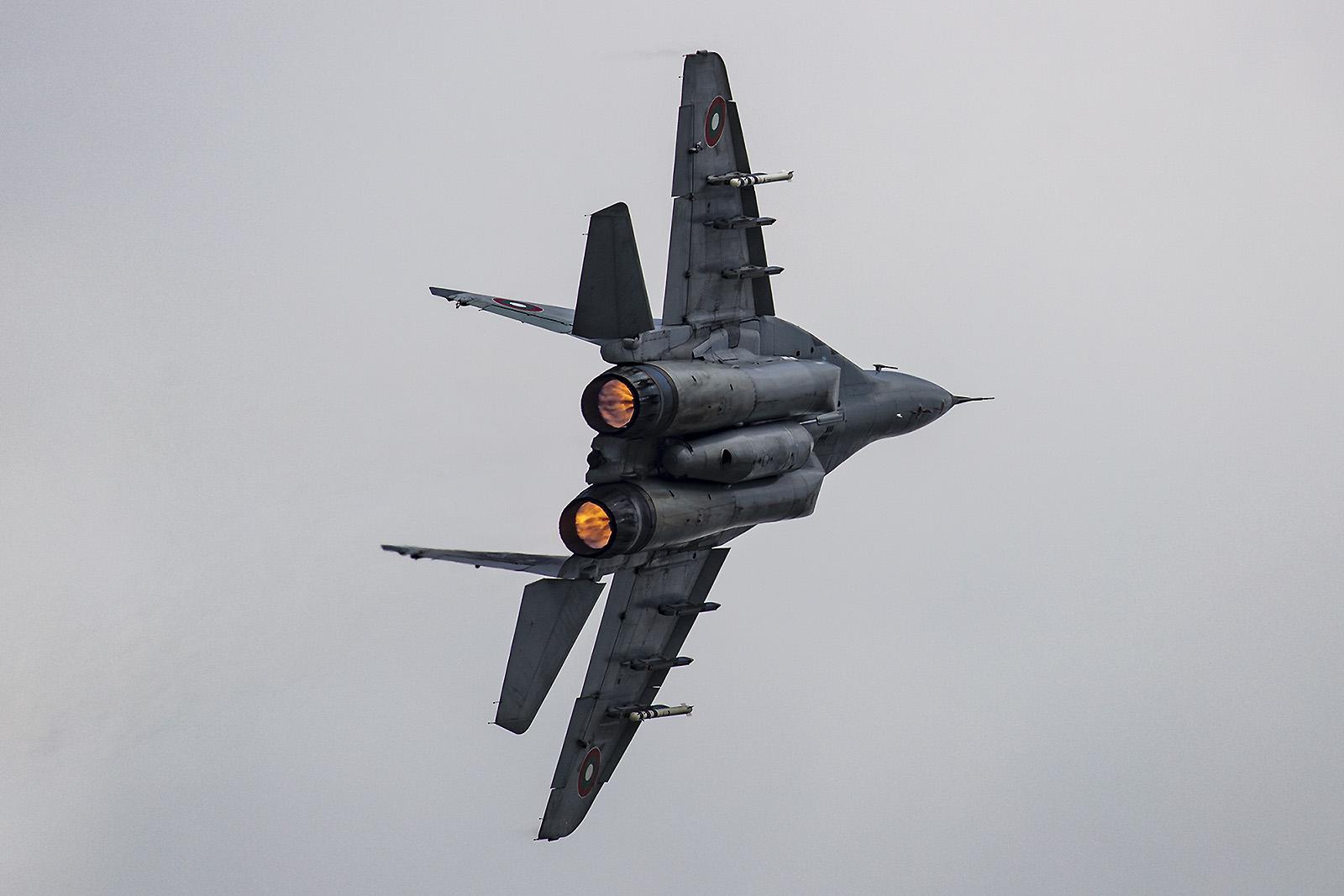 Die MiG-29 wird von zwei Klimov RD-33 angestrieben.