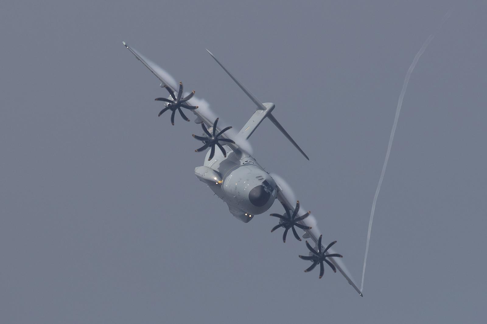 Vortex an einer A400M sieht man auch nicht alle Tage.