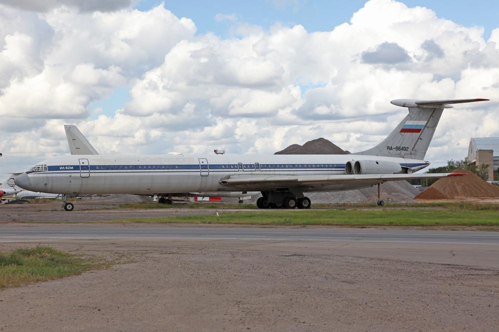 RA-86492, leider auch schon abgestellte IL-62M
