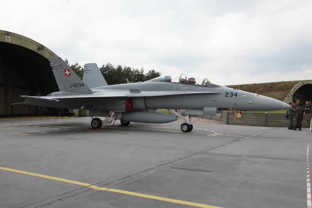 Eine Schweizer F/A-18D Hornet