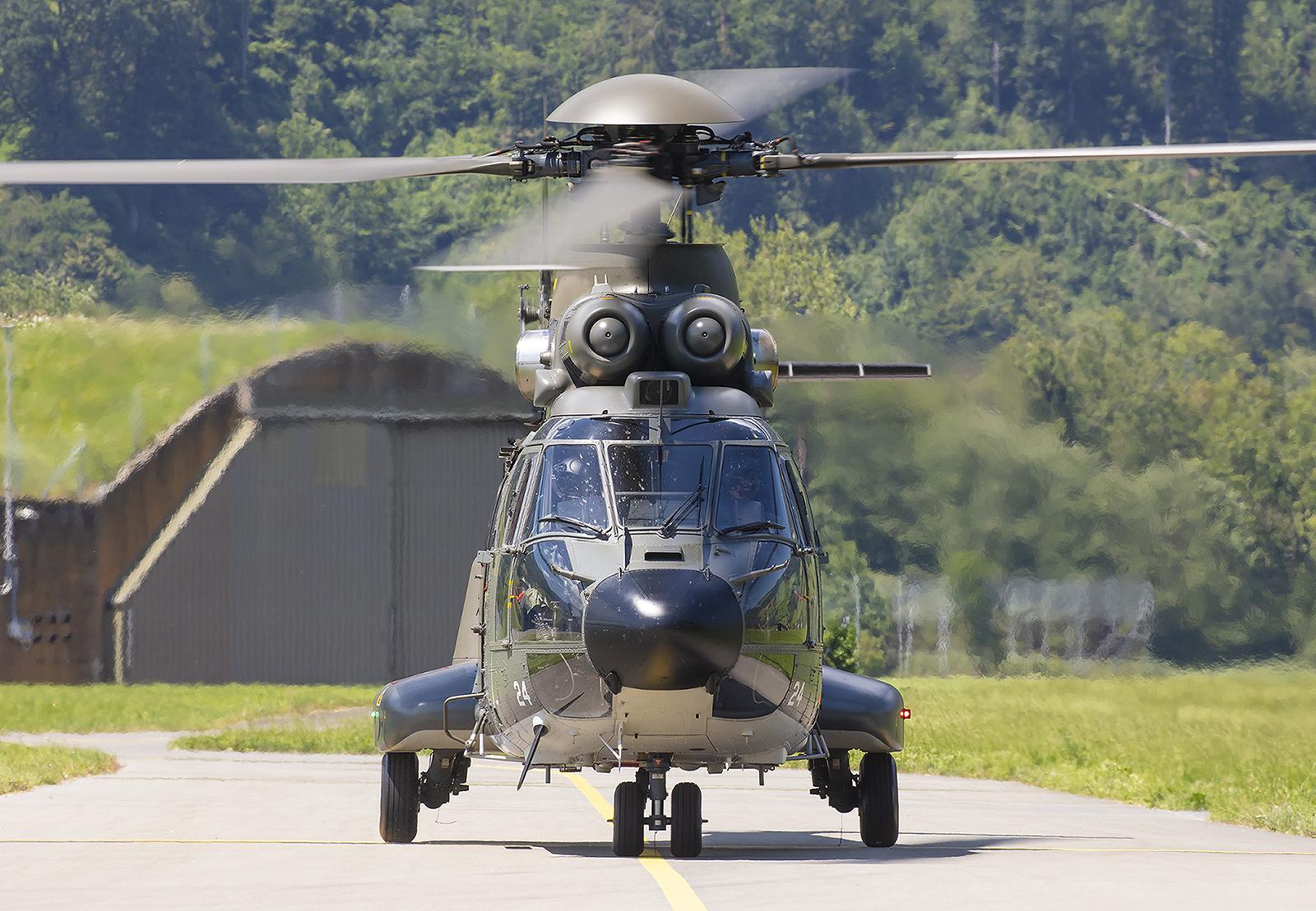 """Die """"Super Puma"""" sind die zivile Version der """"Cougar""""."""