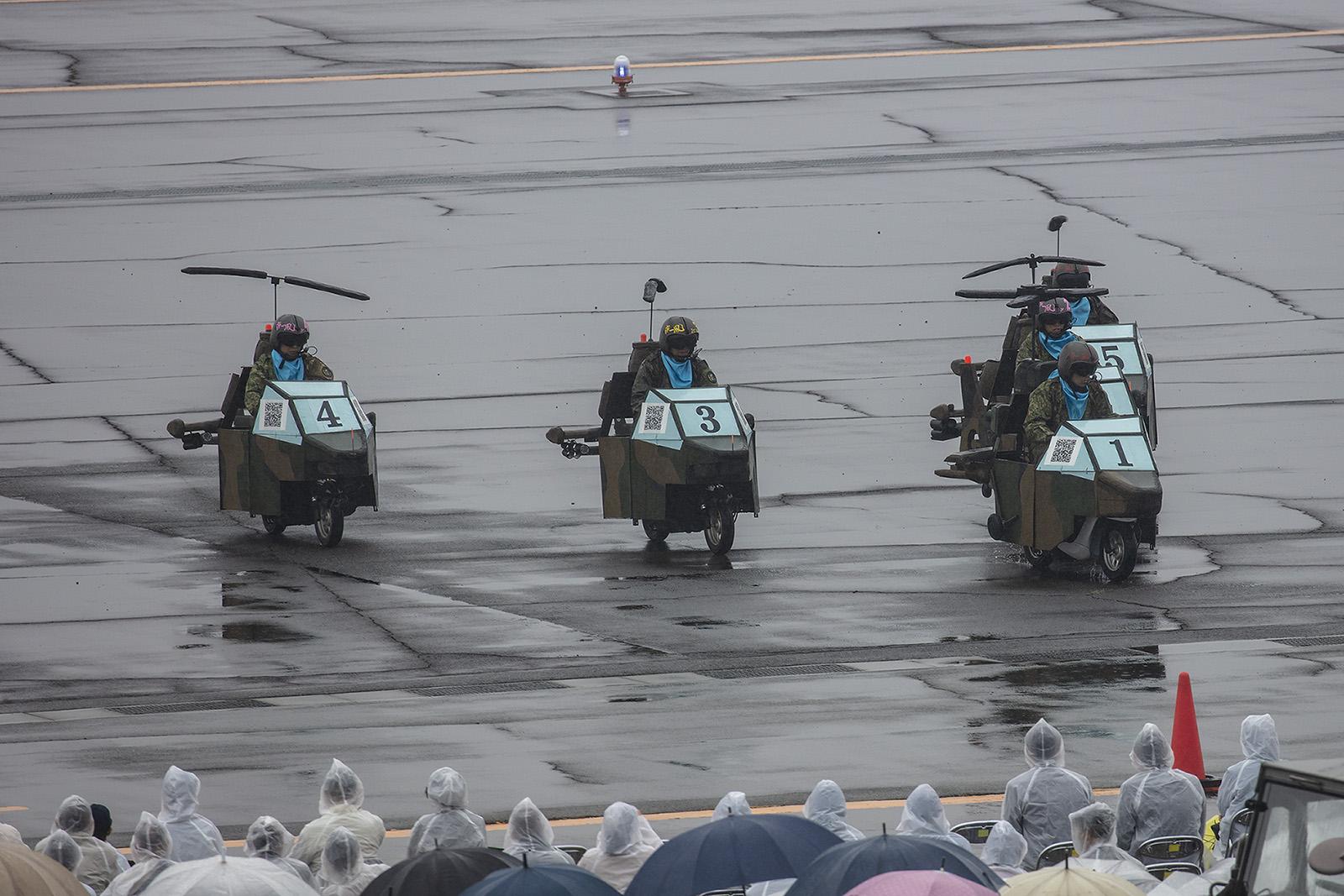Alle waren begeistert von der Vorführung des Formationsfluges.
