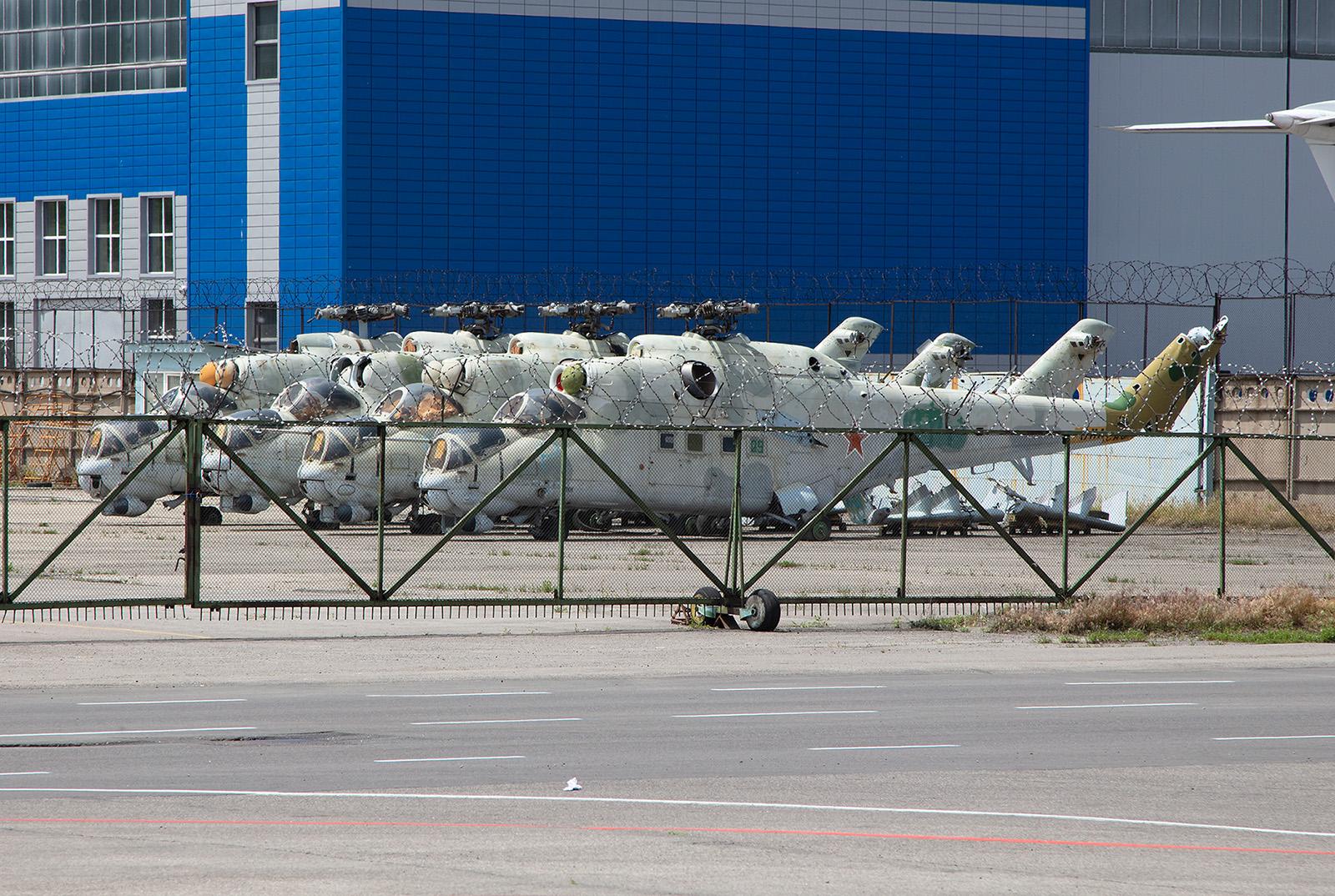 Vier Mi-24D der ehemaligen Westgruppe der Roten Armee. Sie waren früher in Jüterbog stationiert.