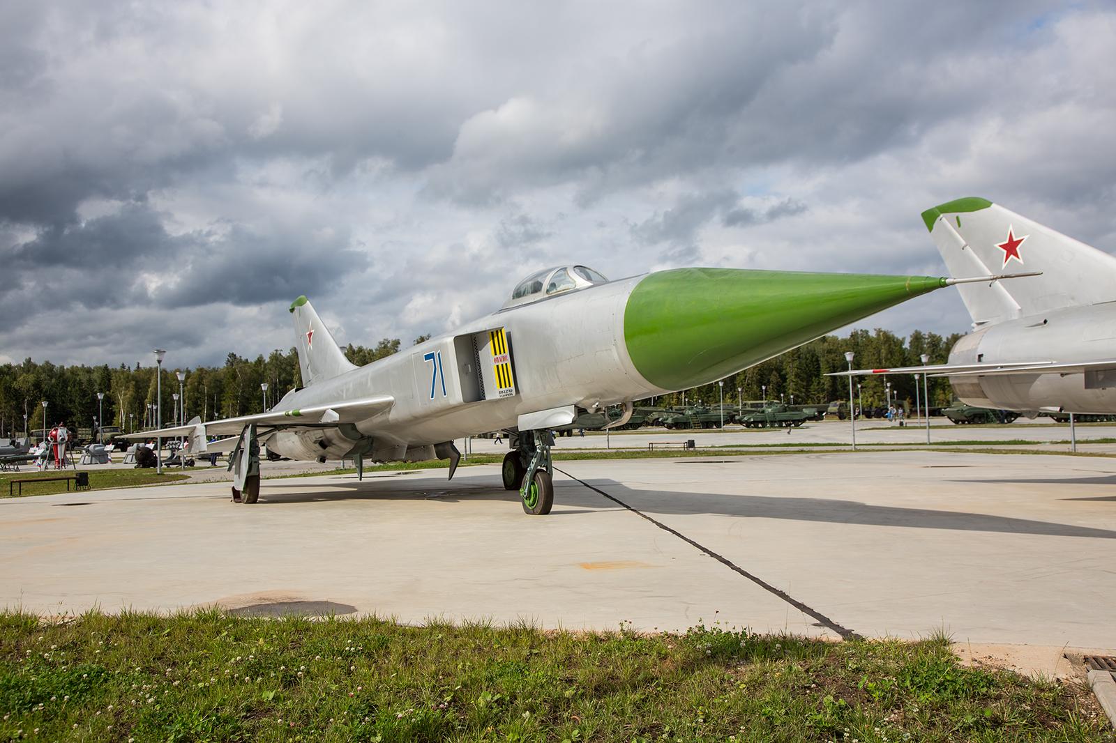 Die Sukhoi Su-15, eine Maschine dieses Typs schoß am 01. September 1983 der Korean Air-Flug KAL007 über Sachalin ab.