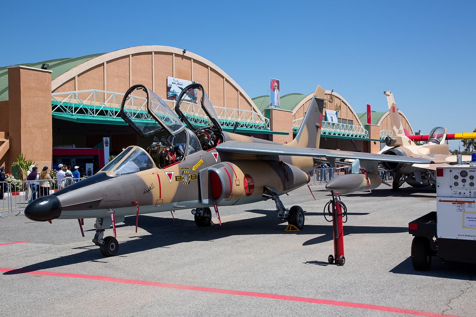Alpha Jet H wie er in der Kampfpilotenschule in Meknes zum Einsatz kommt.