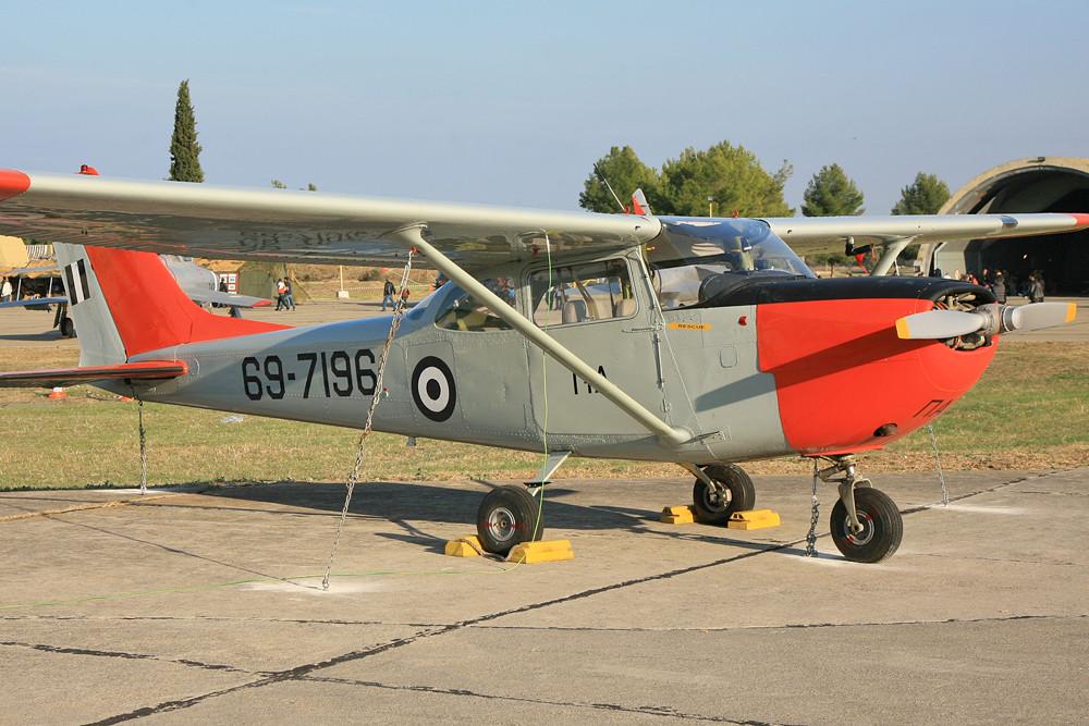 Cessna T-41 aus Tatoi.