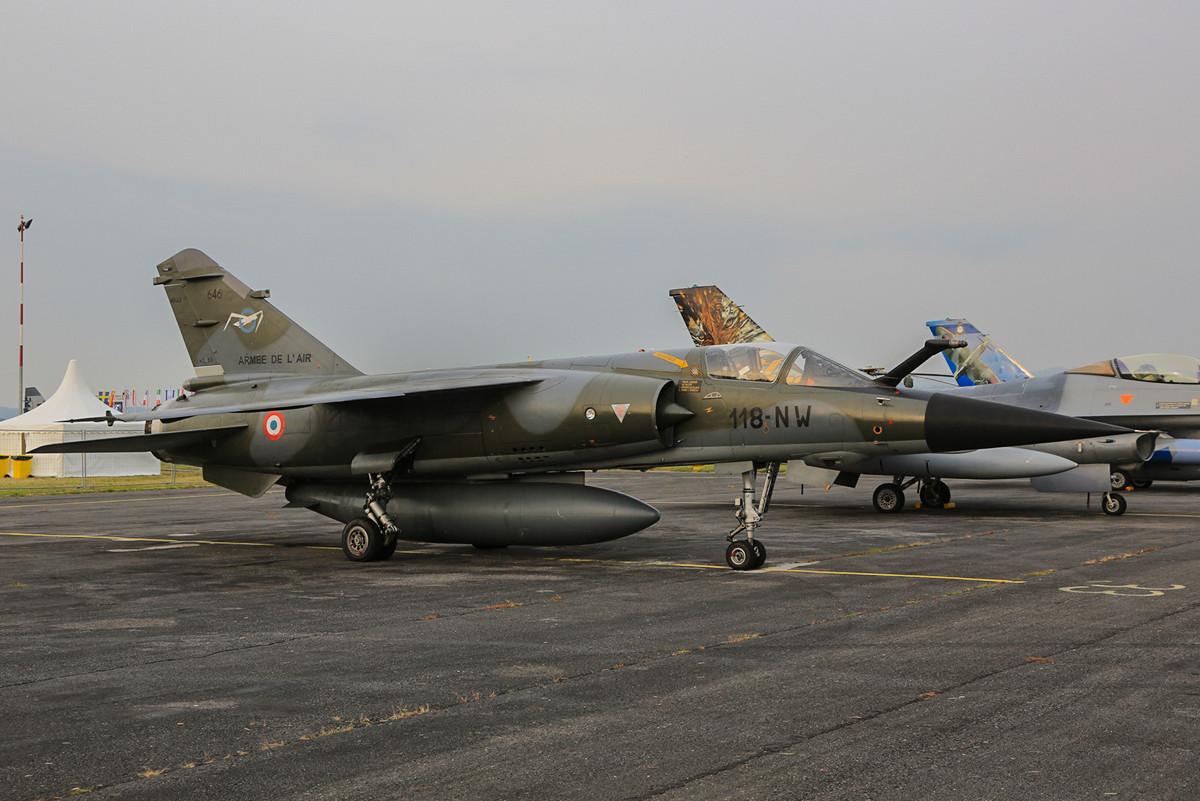 Aus Mont de MArsan kamen zum wohl letzten mal die Mirage F-1 zu einer Shaow im Ausland.