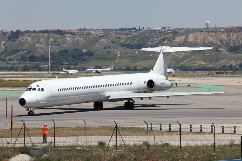 Diese MD-82 gehörte früher der Alitalia.